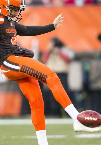 Nov 27, 2016; Cleveland, OH, USA; Cleveland Browns punter Britton Colquitt (4) punts the ball to the New York Giants during the third quarter at FirstEnergy Stadium.  The Giants won 27-13. Mandatory Credit: Scott R. Galvin-USA TODAY Sports